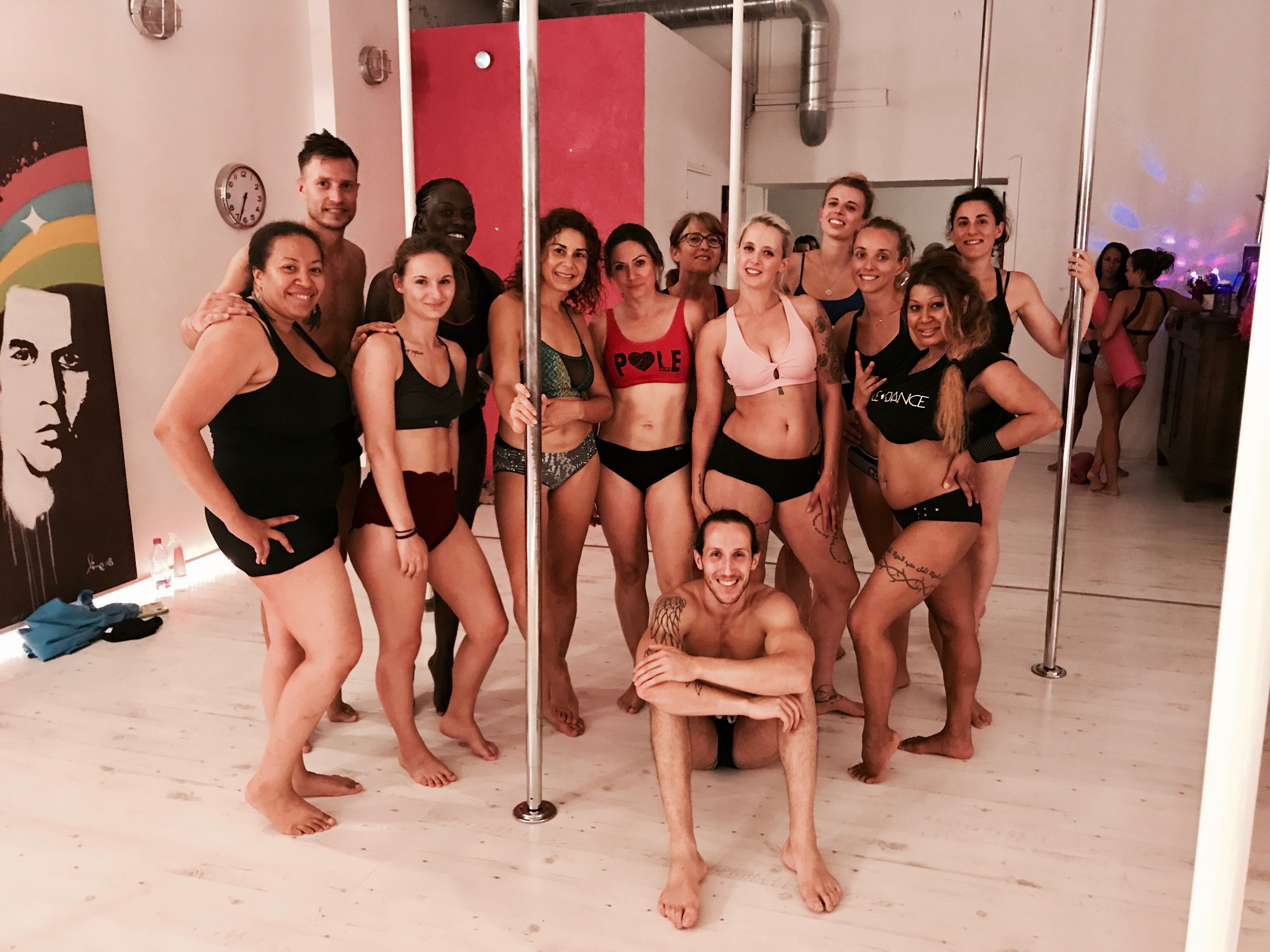 pole dance beziers